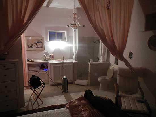 Dell City Hideaway Bedroom