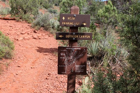 Boynton Canyon Vista sign