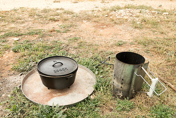 Cast Iron Dutch Oven Accessories What You Need And Don T Need